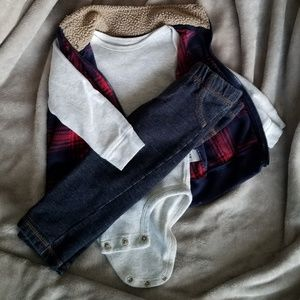 Three piece set with vest and jeans